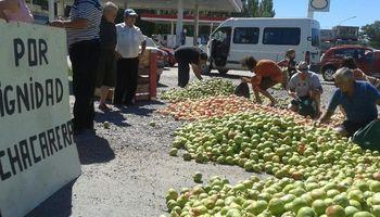 Desde el lunes, vuelven las protestas de los productores de fruta