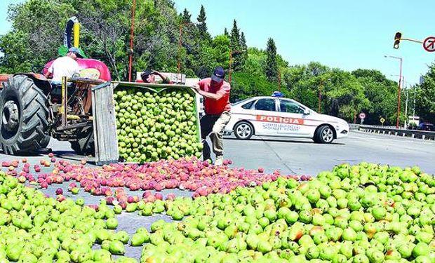 Fue la primera de las dos jornadas de protesta decidida por la Federación de Productores de fruta de Río Negro y Neuquén.