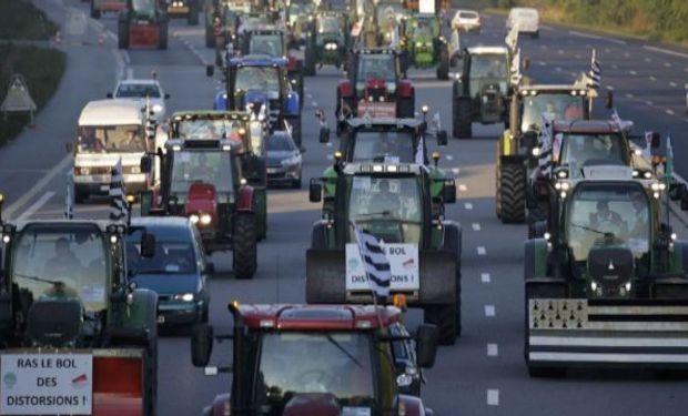 Productores rurales invaden París.