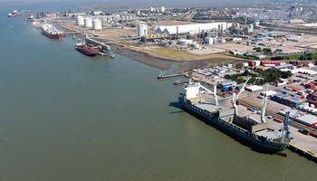 Un sector de los transportistas levantó el paro, pero los puertos de Necochea y Bahía Blanca siguen paralizados