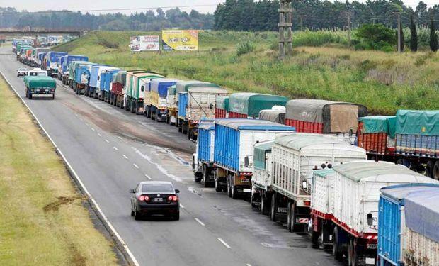El Gobierno trabaja en la cosecha 2021 y presentará un plan para garantizar el transporte de granos y su seguridad