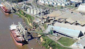 Continúa el paro de aceiteros en San Lorenzo y las plantas seguirán paradas