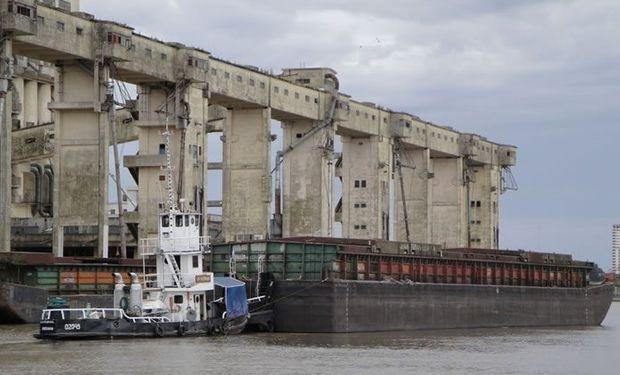 La Mesa de Entidades Productivas resalta la importancia de concretar inversiones en el Puerto de Santa Fe.