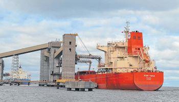 Grupo de cooperativas planea construir un puerto cerealero en Santa Fe