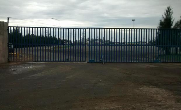 Los portones de la planta de LDC en General Lagos, permanecerán cerrados hasta nuevo aviso o hasta reacomodar la situación. Fuente: @Agroentregas