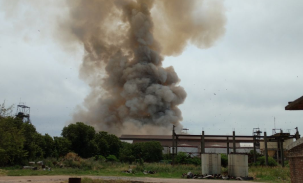 Fuerte explosión en puerto General San Martín.