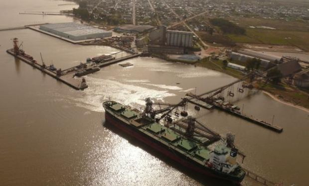 Frente a las trabas argentinas, Uruguay avanza con nuevos embarcaderos