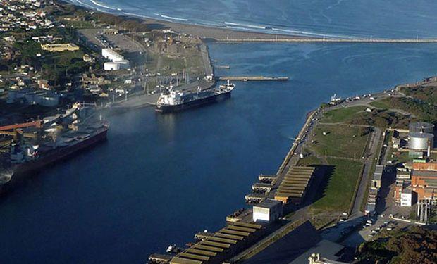 Con infraestructura, se afianza puerto Quequén.