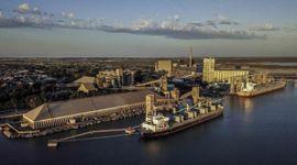 Maíz: se dispara el compromiso de embarque desde los puertos del sur