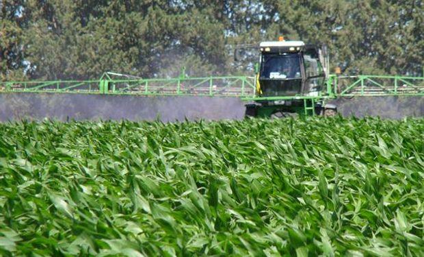 KIER III puede ser utilizado en aplicaciones aéreas o terrestres  y es compatible con la mayoría de los insecticidas y fungicidas.