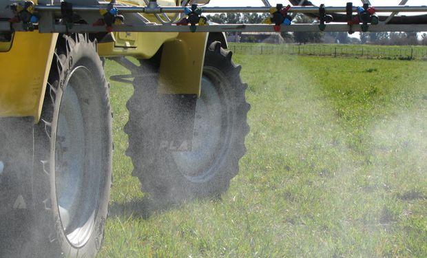 Levantamiento a la suspensión preventiva del herbicida Wenko NT.