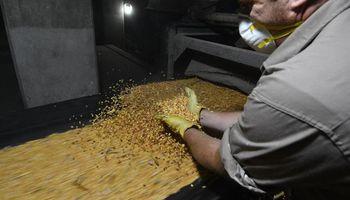 Recibidores de granos y puertos no llegaron a un acuerdo salarial y continúan las negociaciones