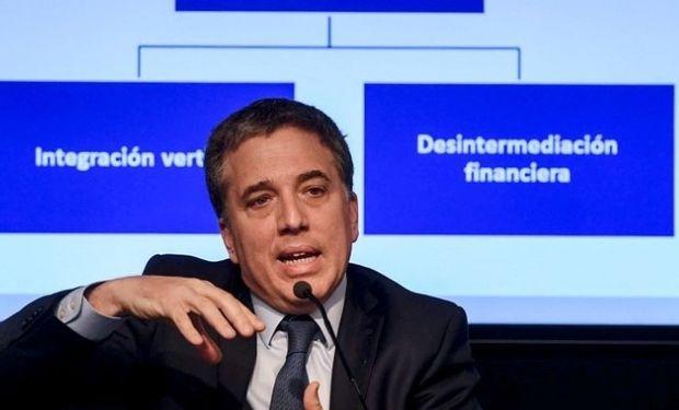 El ministro de Hacienda Nicolás Dujovne explica la reforma impositiva.