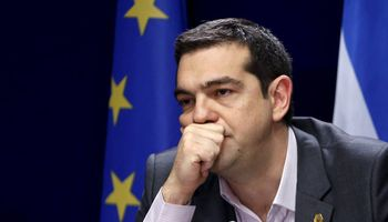 Renunció Tsipras, convocan a elecciones y se agudiza la crisis en Grecia
