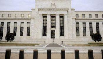 Ahora la Fed insinúa que podría subir las tasas antes de que termine el año