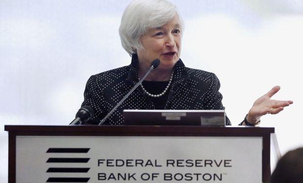 Analistas esperan que la Fed realice el primer aumento de tasas en septiembre.