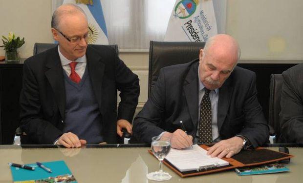Resolución interministerial para el Control de la Resistencia Antimicrobiana