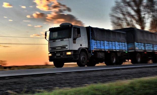 La automotriz IVECO en el marco de sus 50 años, lanzó el primer camión a Gas Natural Comprimido.