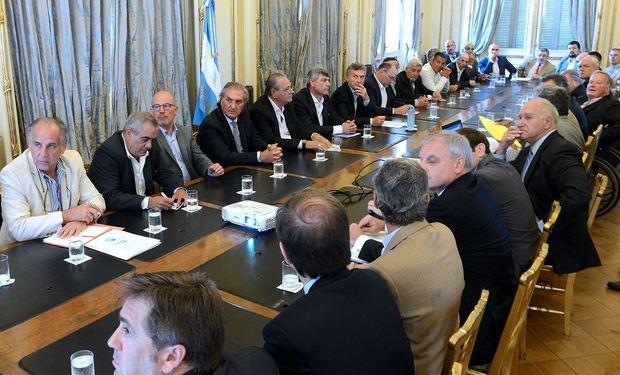 La reunión de la cadena de la carne con el Estado.