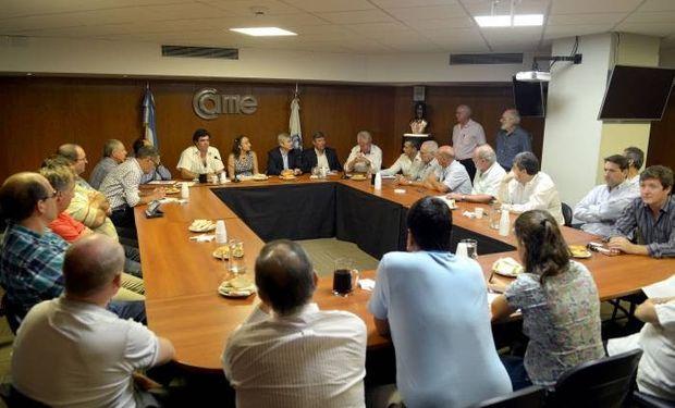 Representantes de la cartera agroindustrial participaron del encuentro con CAME, SADA, productores y exportadores del sector. Fuente: Ministerio de Agroindustria.