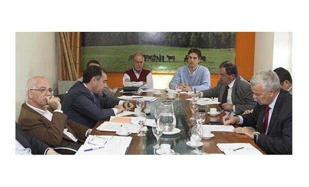 En la reunión, además se discutió la situación zoosanitaria mundial.