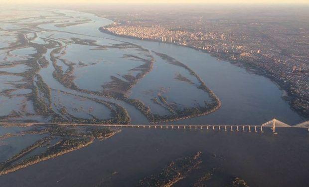 Un estudio sobre la altura del río Paraná.