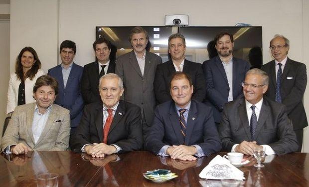 Autoridades de Rofex y Matba rubricaron en octubre la hoja de ruta final para llegar a la fusión.