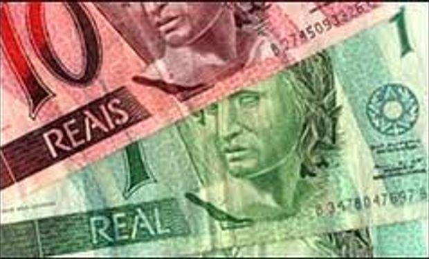 El real se desvaloriza más y obliga al BCRA a acelerar el ritmo de devaluación del peso