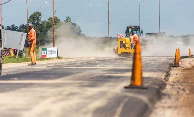 Las obras de este primer PPP modernizarán más de 2.500 km de rutas nacionales para mejorar la seguridad vial y reducir costos logísticos.