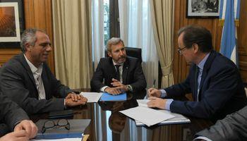 El Gobierno compensará a las provincias por la quita del fondo sojero