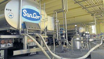 Siguen adelante las negociaciones entre SanCor y Adecoagro