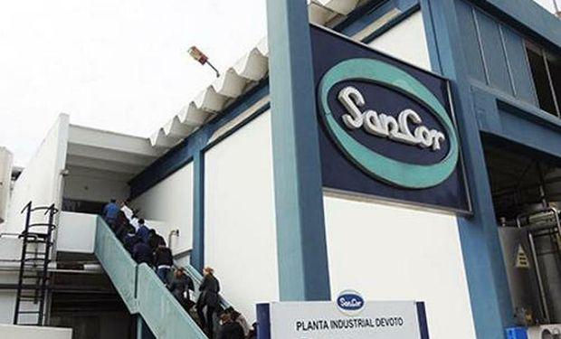 La compañía emplea en forma directa a alrededor de 4.000 personas y meses atrás tuvo que paralizar la producción de algunas de sus plantas.