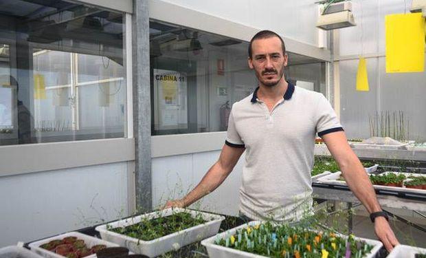 Martín Mecchi, Licenciado en Biotecnología y Doctor en Ciencias Biológicas de la Unviersidad Nacional de Rosario
