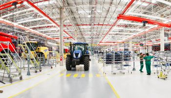 CNH presentó su tecnológica fábrica en Córdoba