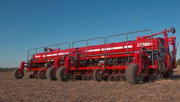 Apache aumentó 100 % la venta de tractores y 40 % la de sembradoras