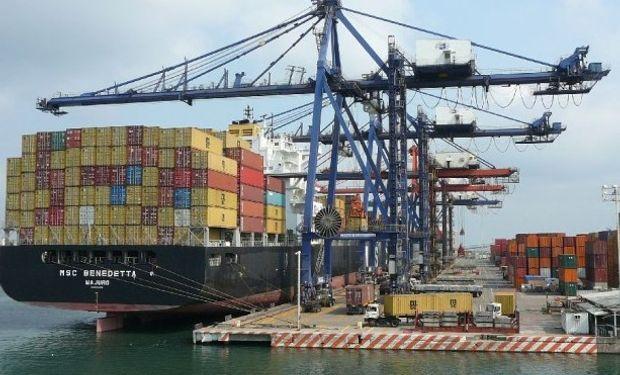 Se amplía el déficit comercial EEUU por débiles exportaciones