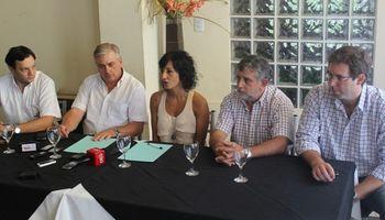 AgroActiva ratifica su compromiso con la maquinaria agrícola mediante un convenio con AFAMAC