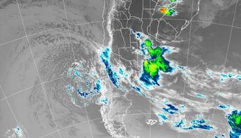 Desmejora el tiempo con tormentas sobre Buenos Aires