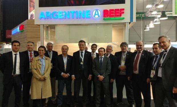 La delegación argentina en la SIAL de Paris.