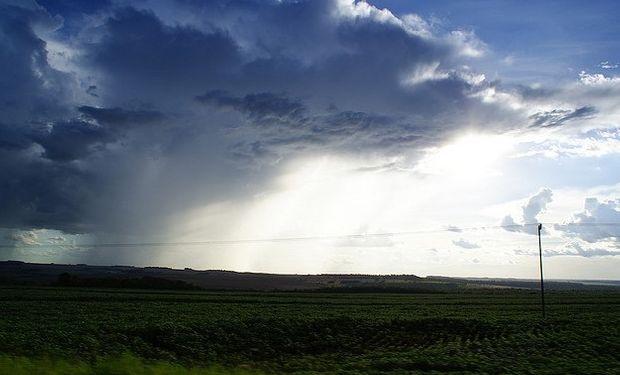 La jornada de mañana tenderá a presentar las precipitaciones ya desplazadas hacia la franja central, tomando gran parte de la zona de Rosario.