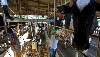 """La Mesa de Enlace manifestó una """"profunda desilusión"""" por la actualidad de la lechería"""