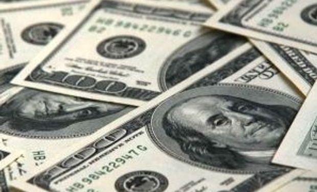 El dólar oficial y el informal operan sin cambios
