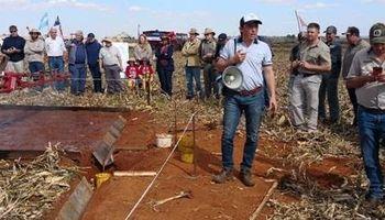 El INTA mostró el know how de la siembra directa y maquinaria argentina en Sudáfrica