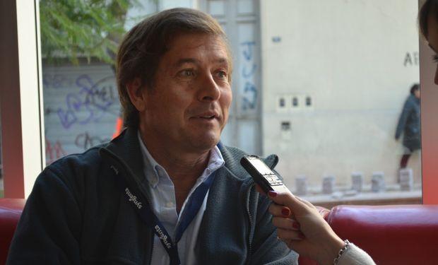 Carlos Becco, Gte. de Soja Latinoamérica - Syngenta en una entrevista exclusiva con fyo.