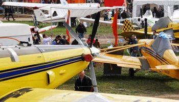 Aeroaplica inauguró la mayor muestra de aviación agrícola del país