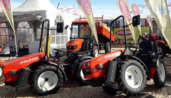 El tractor articulado más compacto del mundo está en Agroactiva