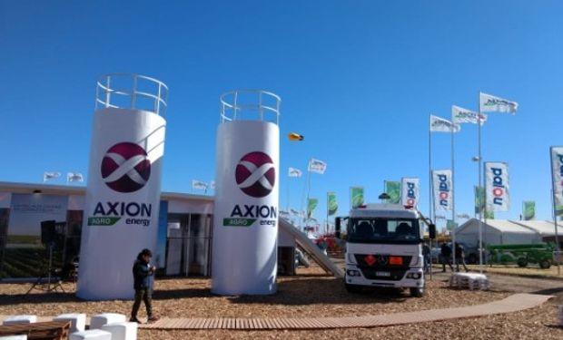 Los asistentes tuvieron la posibilidad de conocer la flamante línea de productos de gas oil y lubricantes para el sector agropecuario.