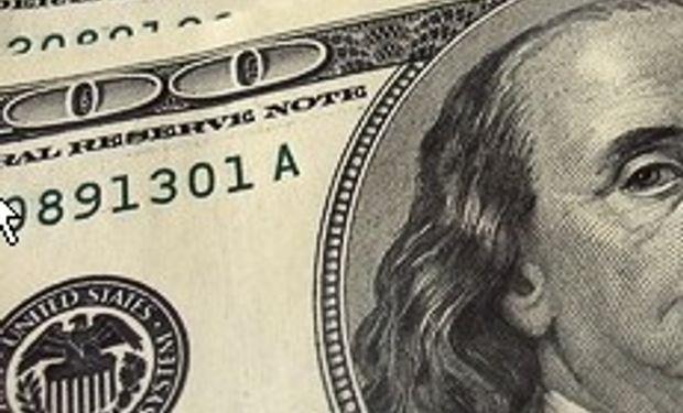 El dólar cerró a $ 5,54 y el 'blue' trepa a $ 9,10