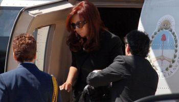 Cristina Kirchner llegó a Rosario y recibió insultos de los familiares de las víctimas