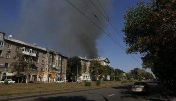 Ucrania acusa a soldados rusos de respaldar el avance rebelde
